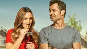 Drew Barrymore e Timothy Olyphant in Santa Clarita Diet, la nuova serie tv di Netflix