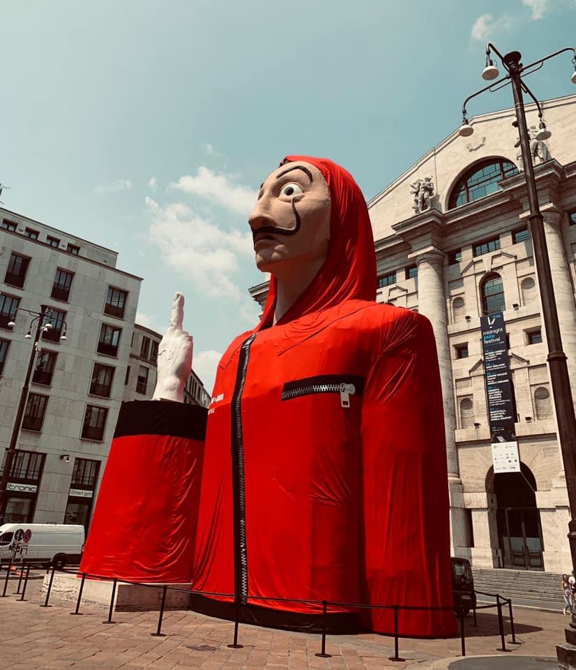 La Casa de papel 3 piazza affari milano